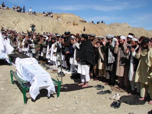 Pakistani tribesmen offer funeral prayer -GettyImages