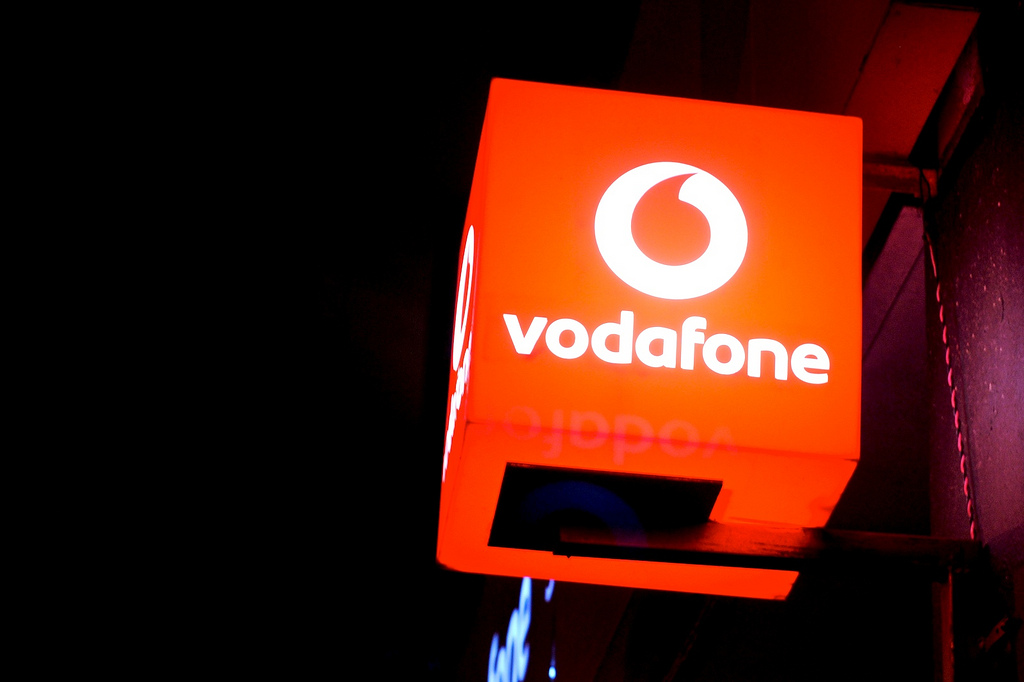 vodafone history Conclusion vodafone can reduce the risk by diversifying into other industries after all vodafone was created by a way of diversification by relatively small company.