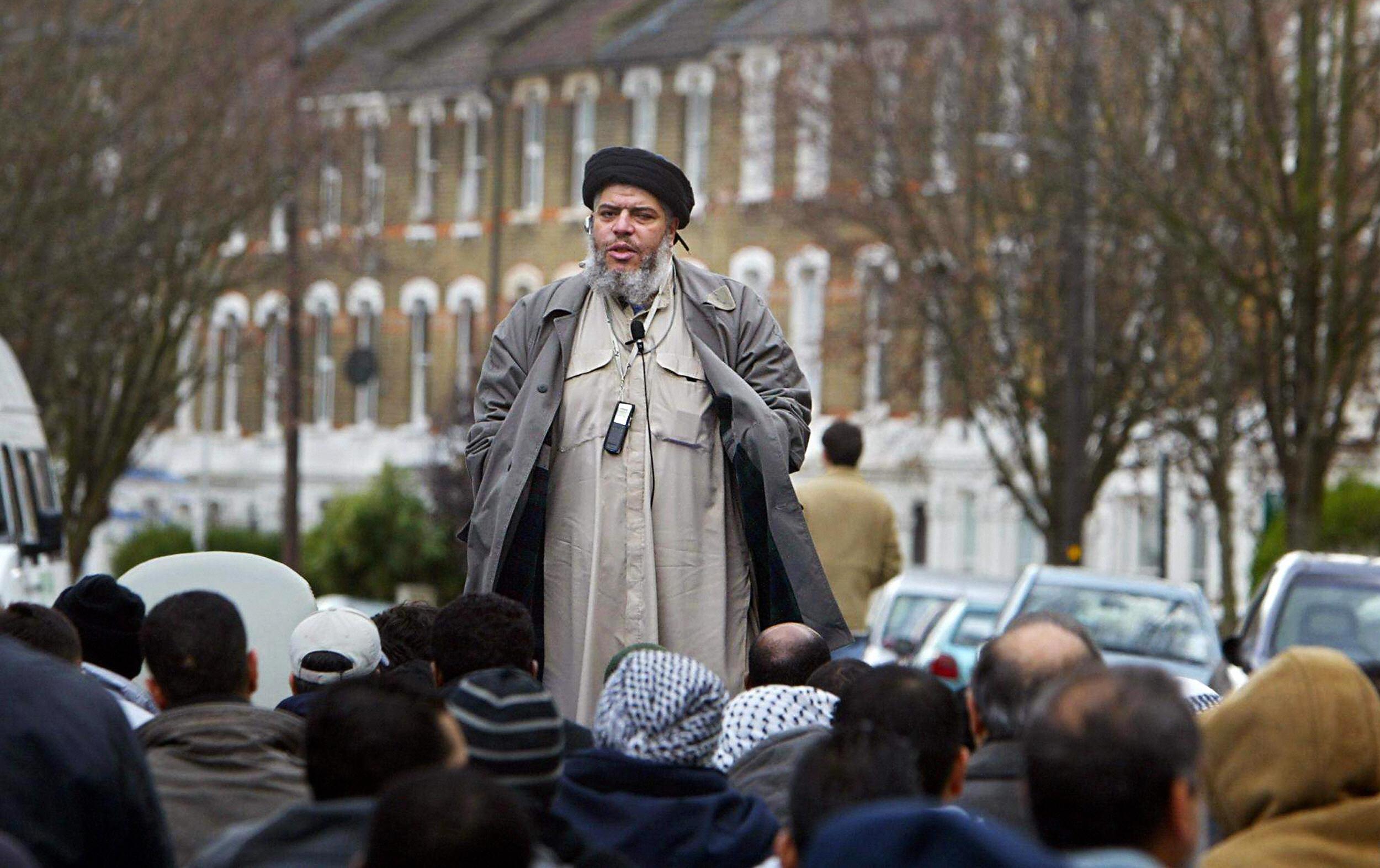 (FILES) Imam Abu Hamza al-Masri addresse