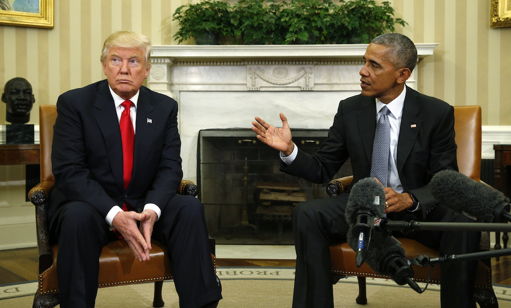Trump meets Obama in the White House.